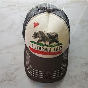 Billabong California Love Bear Graphic Hat Boho